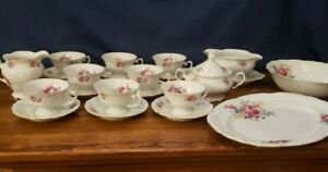 NEW PRICE!!Walbrzych Tea Set, Poland made,  For 8 (22 Pieces)  Great condition!!