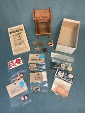 Lot of misc dollhouse miniatures
