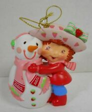 2005 Strawberry Shortcake & Snowman Ornament Christmas Display Collectible