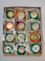 12 VINTAGE POLAND GLASS GREEN & GOLD CHRISTMAS TREE ORNAMENTS INDENTS TIPS MICAA