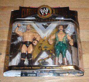 2005 WWF WWE Jakks Stone Cold Steve Austin Jake Roberts Classic Wrestling Figure