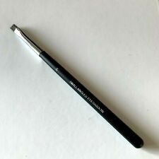 Chanel Les pinceaux de Chanel SMALL ANGLED EYESHADOW Brush 9302 037.783 RARE