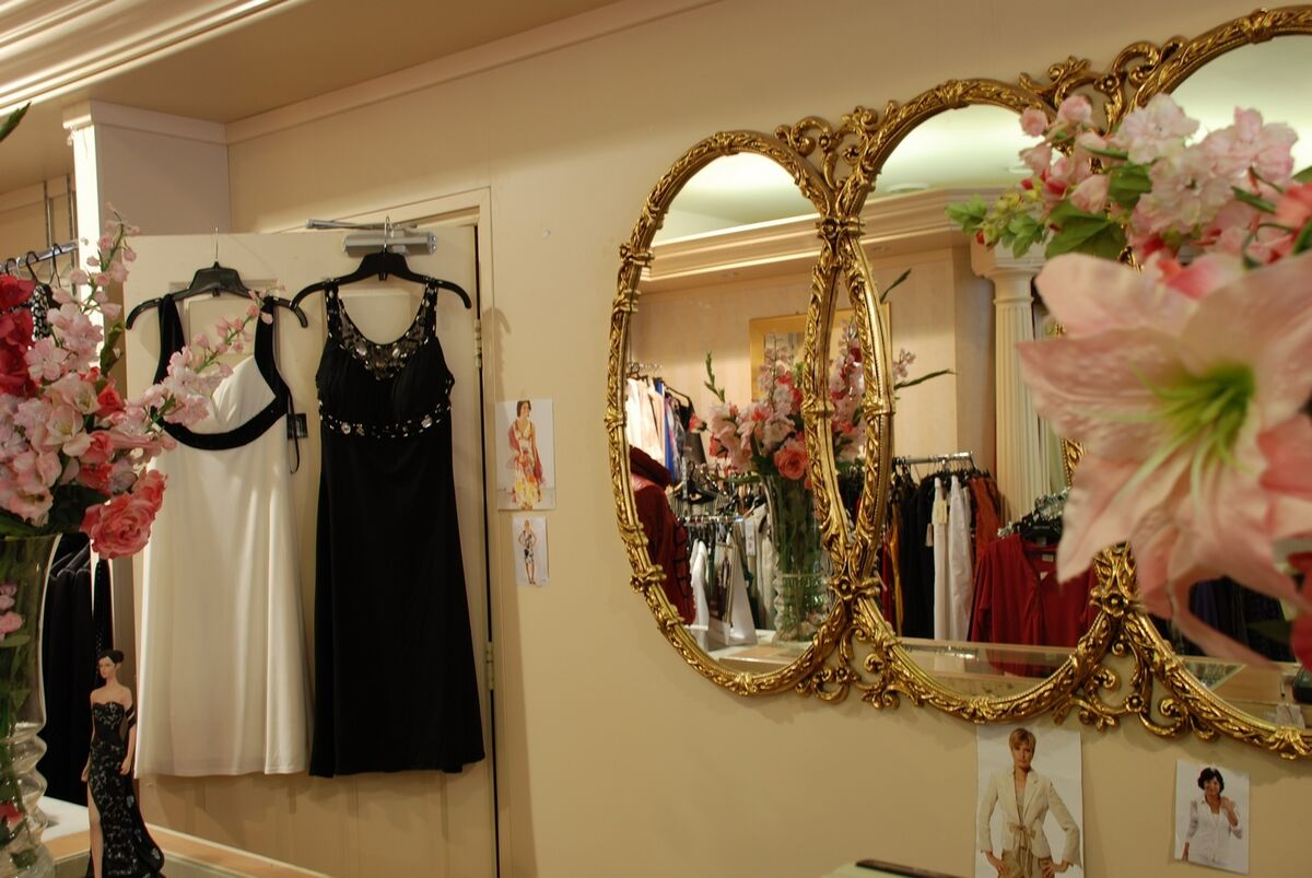 SOME WHERE IN TIME BOUTIQUE