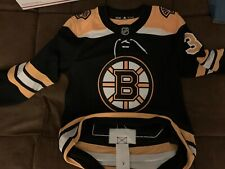BNWT PATRICE BERGERON BOSTON BRUINS HOME AUTHENTIC ADIDAS JERSEY SIZE 46