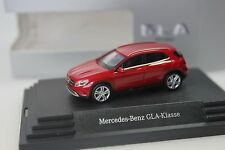 Herpa Mercedes GLA - Klasse (X156), jupiter rot - dealer PC - 263 - 1:87