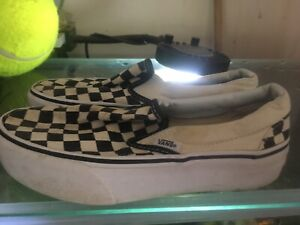 CHECK VANS  OFF THE WALL PLATFORM TRAINERS SIZE UK 3