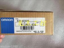 1pcs New Omron Servo Motor R7M-A03030