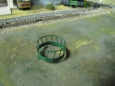 1/64 Custom Scratch-Cast Round Bale Feeder - Green