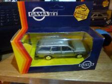 Voitures, camions et fourgons miniatures Passat VW 1:43