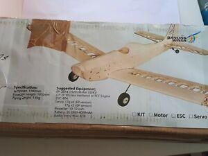 Dancing Wings Astro Junior balsa RC Model Plane Kit