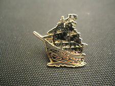 DISNEY WDW PIRATES OF THE CARIBBEAN LEGEND LIVES ON THE BLACK PEARL MINI PIN LE