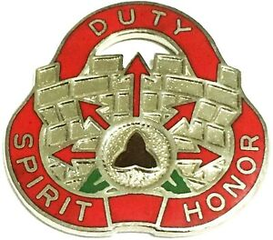 US Army Crest DI/DUI Pin: 134th Engineer Group
