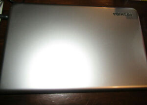 Toshiba Sattelite C50-A Win 8. Pre-Owned.