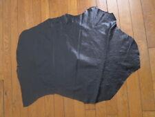 PEAU de CUIR N°8 : vernis craquelé noir Epaisseur fine Dimensions: 76x45cm