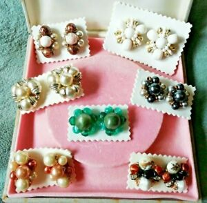 Fabulous Job Lot of 7 Vintage Lucite Flower Bead Clip On Earrings c.1960-80