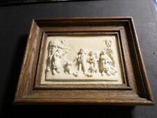 PETIT ANCIEN TABLEAU RELIEF, CALCAIRE, CADRE en BOIS, SCENE DE CAMPAGNE, FERME