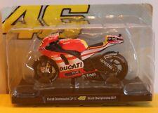 Moto Valentino Rossi Ducati 2011 1/18 neuf