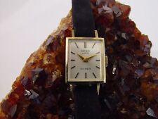Gruen Genève 18K Yellow Gold Ladies Rectangle Watch, Vintage Art Deco
