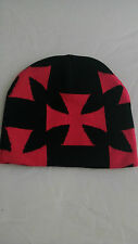 bonnet croix de malte rouge unie fond noir,biker,moto,harley,choppers,triker