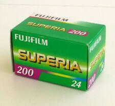 Pellicule Fujifilm Superia 24 poses-FUJI 200 asa-ISO--PEREMPTION-01-2013 -24x36