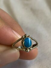 .925 Sterling Silver Womens Ring Size 5.5 With Blue Stone