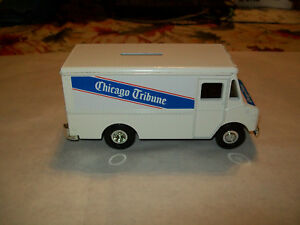 "ERTL SAMPLER ""CHICAGO TRIBUNE"" GRUMMAN STEP VAN COIN BANK  PRE-PRODUCTION  MIB"