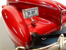 1935 Auburn 851 Speedster Ertl 1:18th scale die cast EL Cord 810 812 1936 852 SC