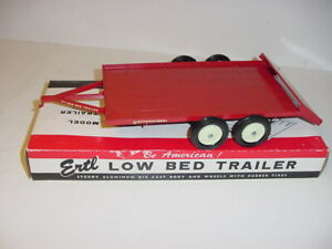 1/16 Vintage International Low Bed Trailer by ERTL W/Box!