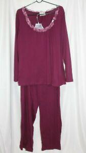 Avenue Body Women's Sleepwear Pajamas 2 piece Set Top Pants Purple  Size 18/20