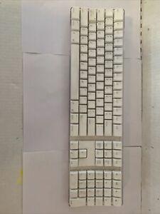 Apple A1016, Wireless Keyboard, EMC:1937, White. W/Numeric Pad. Professional