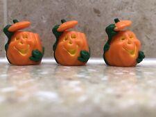 Hallmark Halloween Merry Miniatures Lot of 3 Smiling Pumpkins Tipping Lid Vines