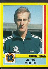 Panini Football 1987 Sticker - No 135 - Luton Town - John Moore