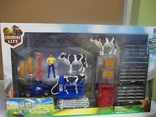 NEW RAY FARM PLAYSET NATIONAL FAA COUNTRY LIFE FARM ANIMALS  ACCESSORIES set 2,