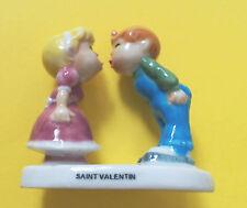 1 GROSSE FEVE  COUPLE AMOUREUX SAINT VALENTIN   4,8cm / 2,5cm