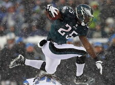 "065 LeSean McCoy - NFL Football Running Back 32""x24"" Poster"