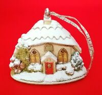 Lilliput Lane - L2990 - Mince Pies - 2007 - Boxed with Deeds