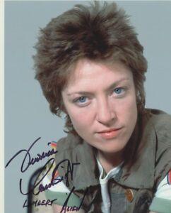 "Veronica Cartwright signed 10"" x 8"" photograph - Alien - P415"