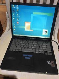 """Vintage Compaq Armada M700 14.1"""" Laptop Pentium III"""