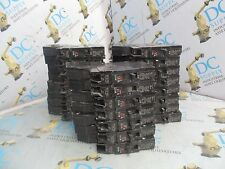 Ge M-1068 E11592 20 Amp 1 Pole Circuit Breakers Lot Of 23