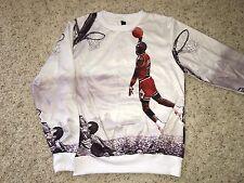 VTG 80's Chicago Bulls Michael Jordan Dunking City Art Work Sweatshirt Men's M