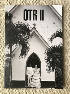 New Beyonce Jay Z On The Run II Tour Official Merchandise Large Tour Photo Book