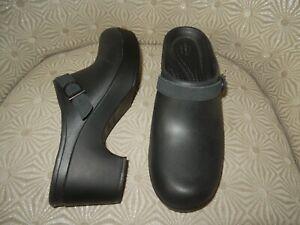 "CROCS Sarah Womens Iconic Comfort Black 2.25"" Heel Mule Clogs W10 $50 - NEW!"