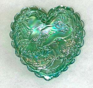 VINTAGE FENTON GREEN OPAL CARNIVAL GLASS HEART SHAPE TRINKET DISH--HUMMINGBIRDS!