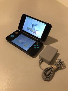 Black/Blue New Nintendo 2DS XL With Charger AuthenticREAD DESCRIPTION
