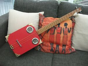3 STRING HOMEMADE  FRETTED ACOUSTIC/ELECTRO CRAFT BOX/CIGAR BOX GUITAR