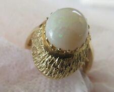 Vintage 14K Yellow Gold Ring  Big Opal Stone 4.2 gr. Size 5