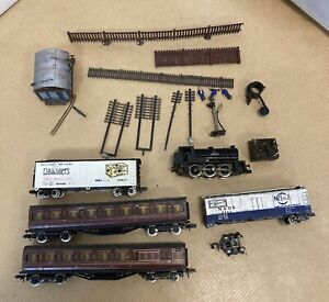 Unbranded Train Carriages, Engine and Accessories