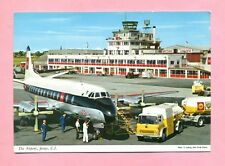 AEROPORT / AIRPORT  - JERSEY - AVION : VISCOUNT - CAMION AVITAILLEUR BEDFORD