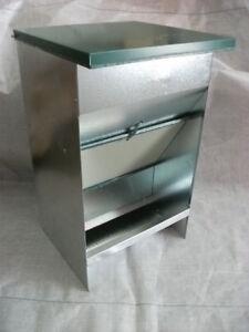 Hopper Feeder For Dog, Size Large. Material Galvanised