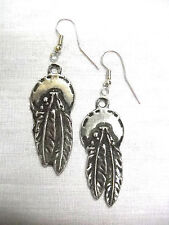 NEW 2 FEATHER CONCHO SOLID ANTIQUED PEWTER PENDANT SIZE PAIR OF METAL EARRINGS